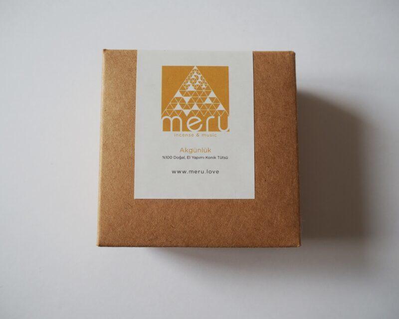 IMG 3 scaled - Meru Incense Doğal ve El Yapımı Akgünlük Tütsü